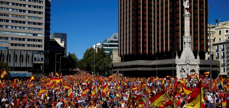 El PSOE cree que la nueva manifestación de Colón agravará el problema