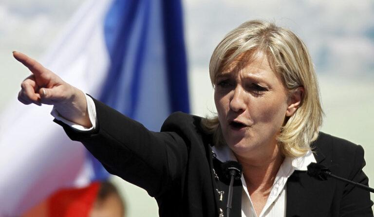 Francia: el FN de Le Pen sigue en cabeza tras los atentados de Paris. Sube el PS.