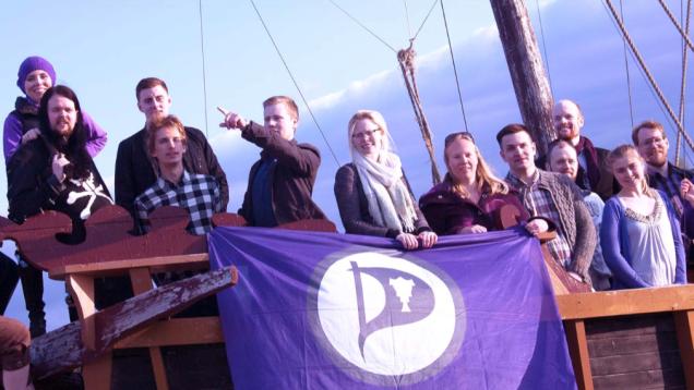 Islandia: Partido Pirata lidera las encuestas para las previsibles próximas elecciones.