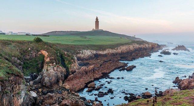 1000 días del cambio. Coruña: la marea se mantiene gracias al BNG.