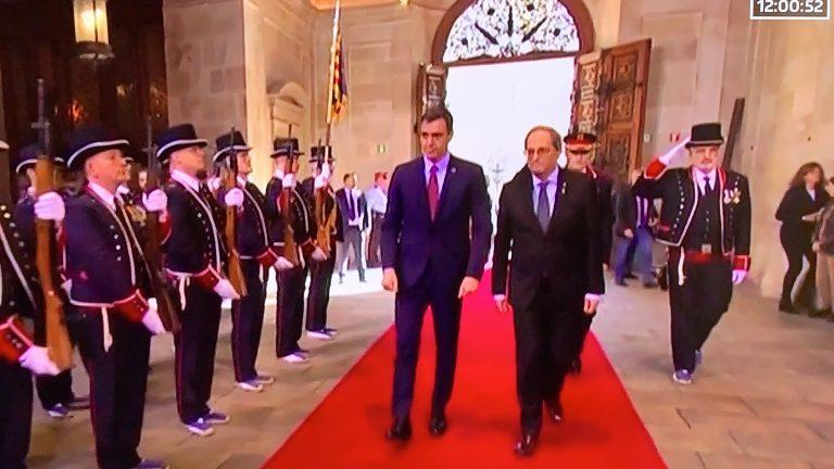 Torra recibe a Sánchez en la sede de la Generalitat