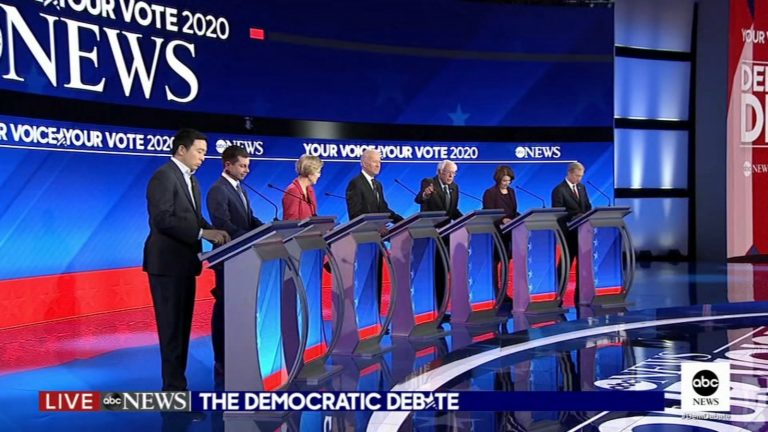 EEUU: así ha transcurrido el debate demócrata en New Hampshire, en el que Buttigieg cargó contra Sanders y Biden