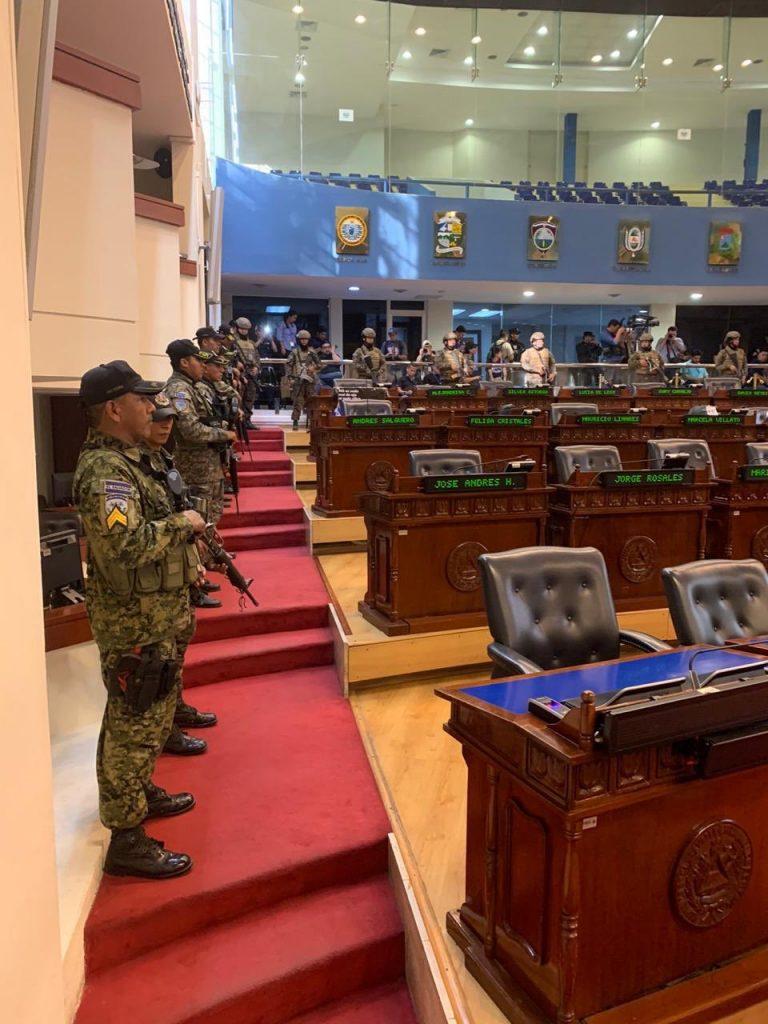 Golpe de Estado en El Salvador instigado por el Presidente Bukele
