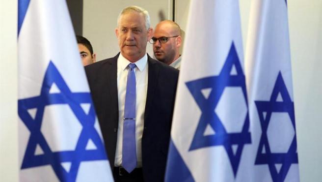 Israel: 'Israel Nuestra Casa' apoyará a 'Azul y Blanco'. Se desbloquea la situación