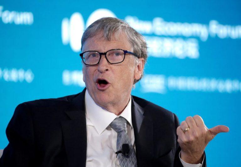 Bill Gates, las vacunas y el 5G
