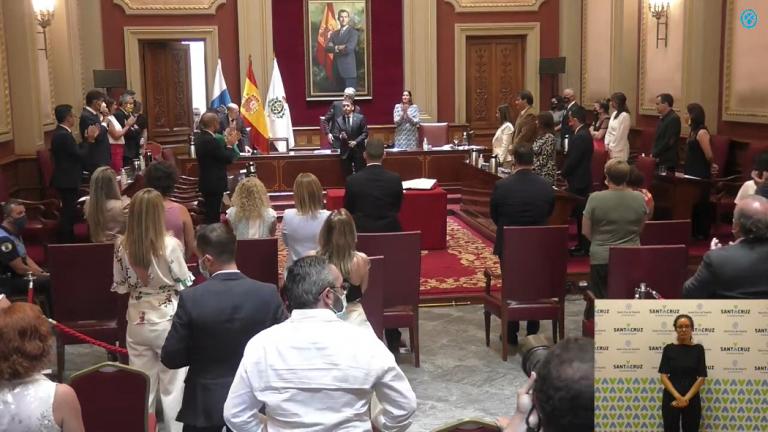 Una tránsfuga de Ciudadanos facilita el cambio de alcalde en Santa Cruz de Tenerife