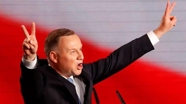 Polonia elige a Duda