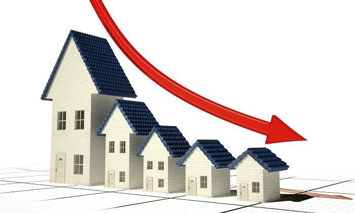 El precio de los pisos podría no recuperarse hasta 2024, según La Caixa