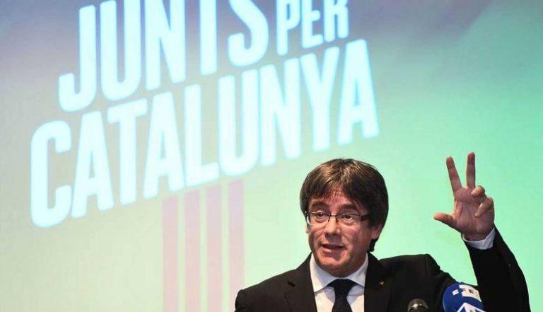 Juez permite a Puigdemont salir de Cerdeña pero le cita 4-O para la primera vista