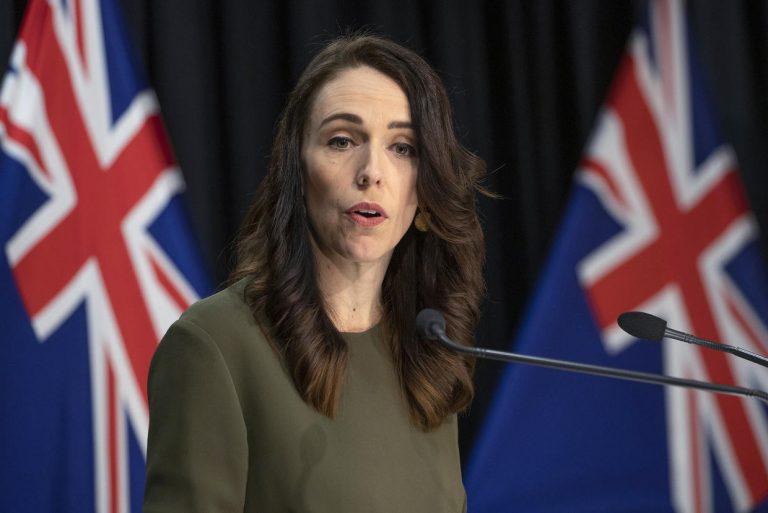 La PM de Nueva Zelanda anuncia el retraso de las elecciones por el COVID-19