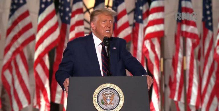 Trump: 'nosotros estamos aquí, ellos están fuera'