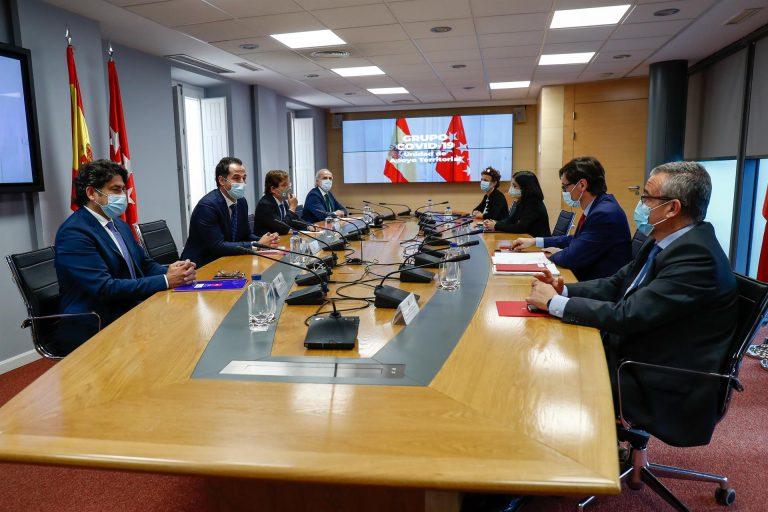 Reunión entre Illa y Ruiz Escudero para definir las medidas a tomar en la Comunidad de Madrid