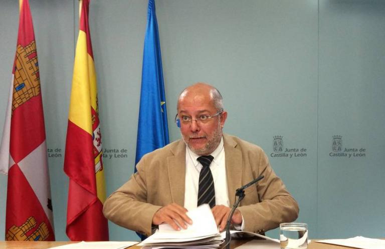 Valladolid y Salamanca: el mismo covid, dos reacciones opuestas