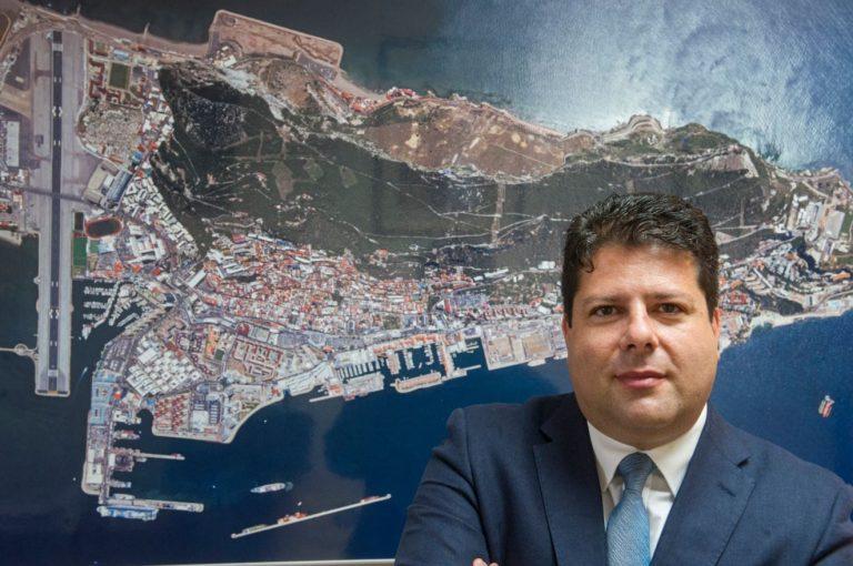 Picardo, positivo por COVID-19 a su regreso a Gibraltar desde Reino Unido