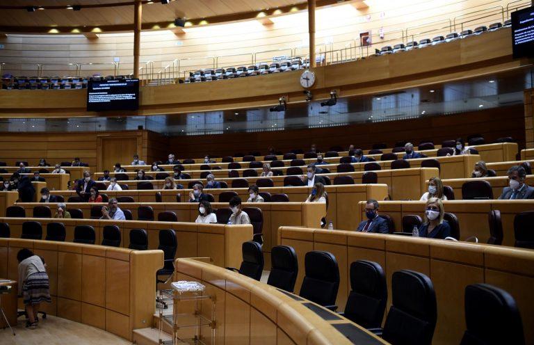 El Senado aprueba una moción del PP contra el decreto de excedentes municipales que vota hoy el Congreso