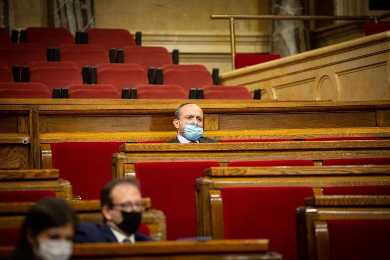 Alejandro Fernández (PP) descarta una coalición con el PSC porque son «diametralmente diferentes»