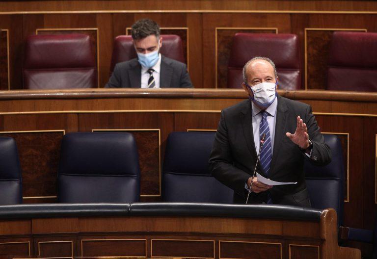 El ministro Campo dice que enmienda de los desahucios es 'absolutamente anormal'