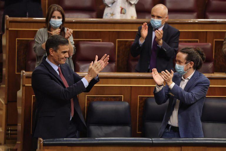 Iglesias logra que el PSOE se comprometa a regular los desahucios en quince días