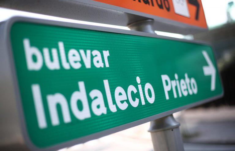 Madrid sigue adelante con la retirada de las calles a Largo Caballero e Indalecio Prieto