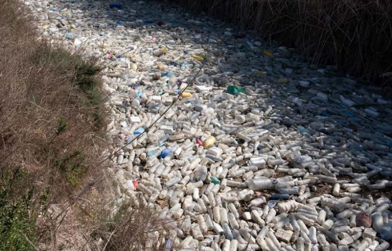Polémica entre Ecoembes y Greenpeace, ¿reciclando el reciclaje?