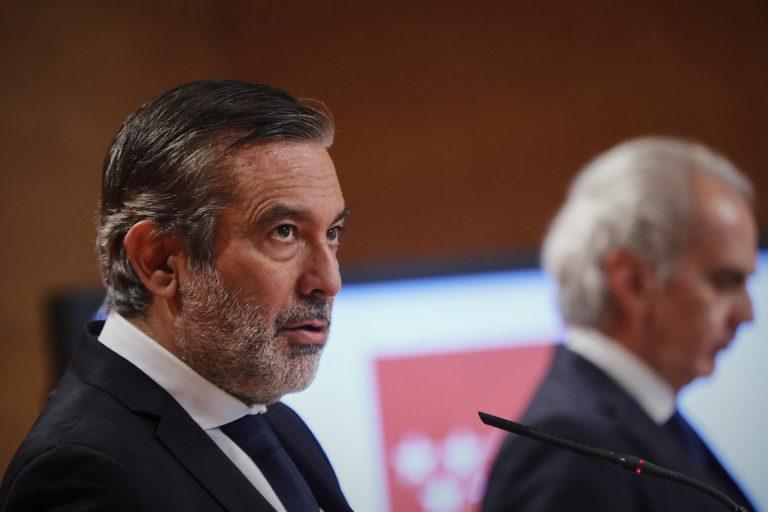 Madrid dice que su descenso de incidencia es cierto y reprocha a Illa que lo dude