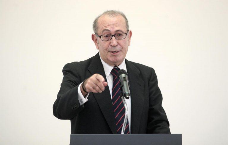 El exsecretario de los socialista vascos alaba al PP y critica al PSOE