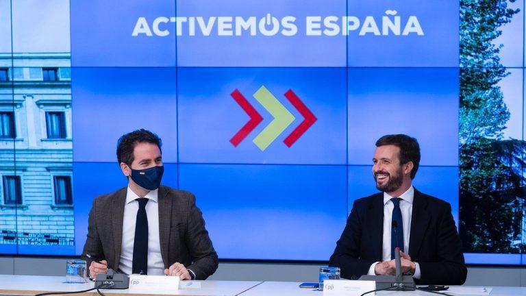 Casado censura la nula comunicación que mantiene con Sánchez