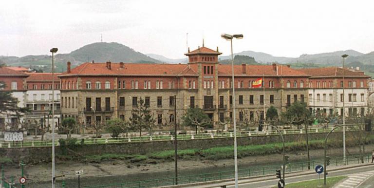 Defensa dice que las Fuerzas Armadas seguirán en San Sebastián pese al acuerdo con el PNV
