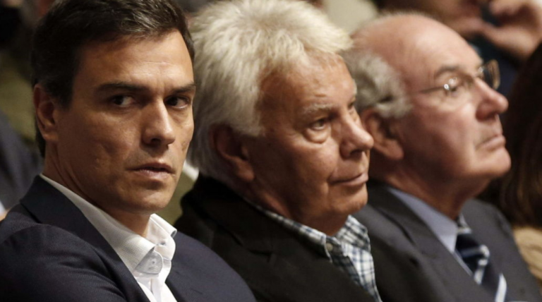 Arrecian las críticas de González a Sánchez