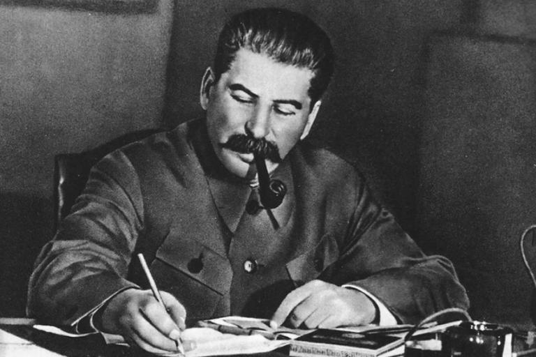 El PP propone condenar en el Congreso el comunismo y evitar el blanqueo de 'los herederos de ETA'
