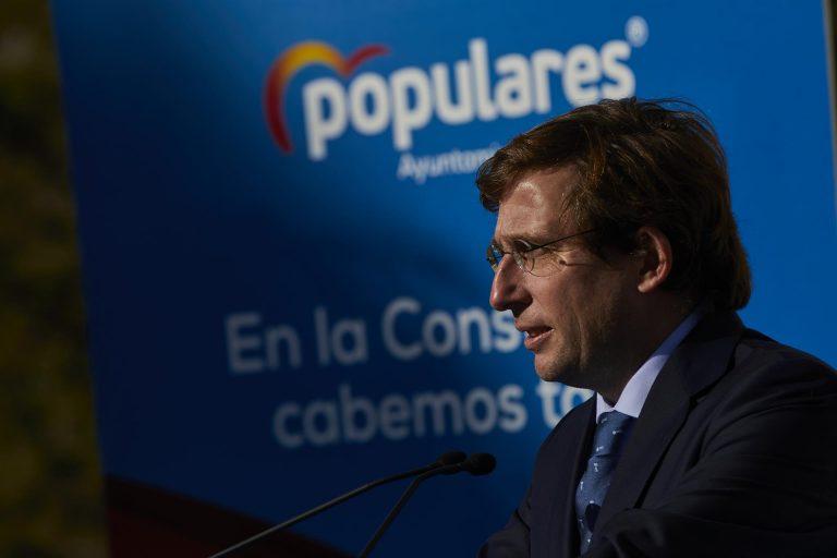 Almeida dice que es más grave el pacto con ERC y EH Bildu que el chat de militares
