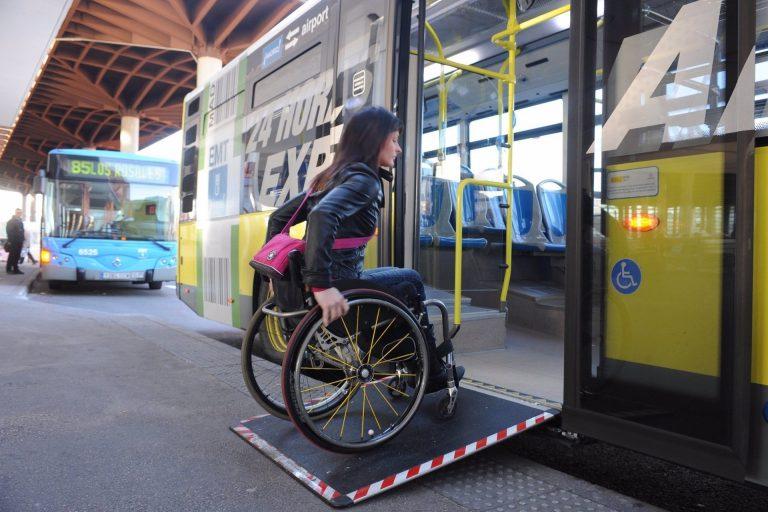 Día de la discapacidad: el CERMI pide ayuda ante el hundimiento del tercer sector
