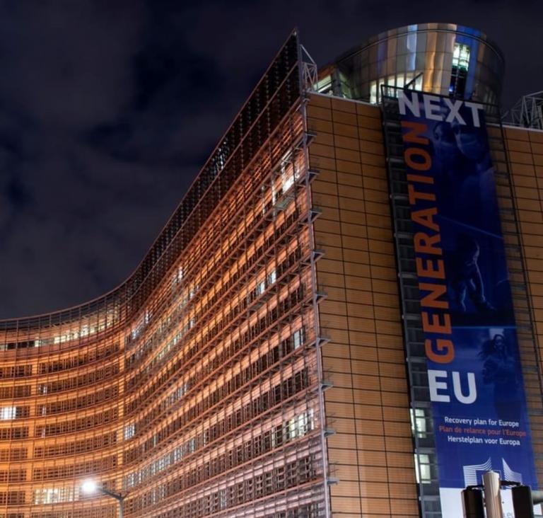 La Unión Europea propone aislamientos previos y posteriores a la Navidad para evitar una tercera ola