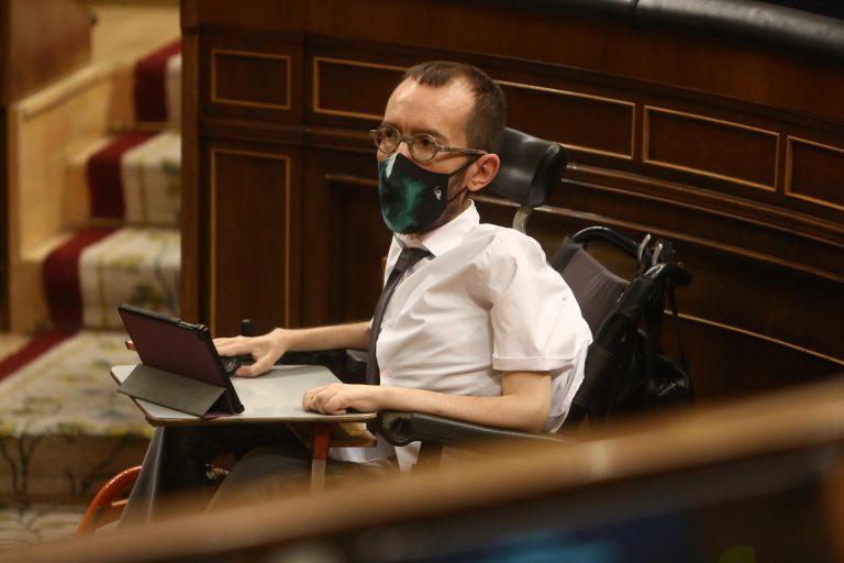 Echenique llama 'sinsentido' volver a juzgar a Otegi por 'apostar por la política'