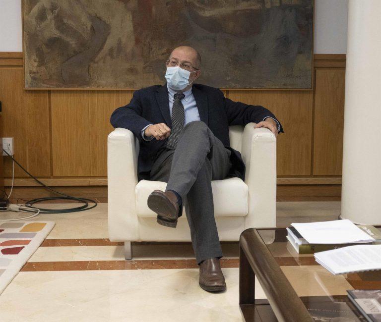 Igea defiende la coalición en CyL frente a otras coaliciones que parecen un concurso de misses