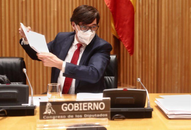 Salvador Illa ignora a Ana Pastor (PP) y no responde a su exigencia para que haga público el comité de expertos