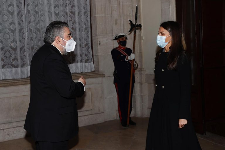 El ministro de Cultura pide separar a la persona del rey emérito de la monarquía como institución