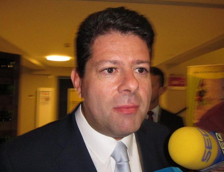 Picardo (Gibraltar) compara el régimen fiscal de la Roca con el de Madrid