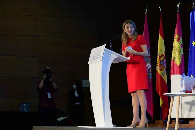Yolanda Díaz asegura que la jornada laboral de cuatro días aún no se ha discutido con los agentes sociales