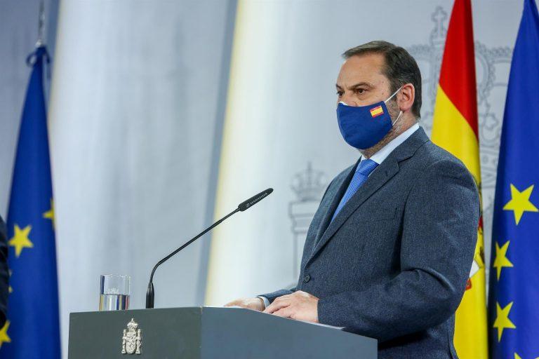 Ábalos anuncia que el Gobierno sacará en alquiler viviendas de la Sareb por entre 150 y 350 euros al mes