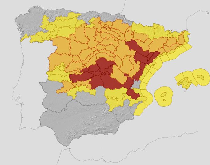 Filomena deja áreas de diez provincias en alerta roja para hoy
