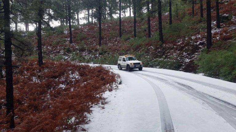 Filomena deja vientos de más de 100 km/h, temperaturas bajo cero y fuertes lluvias en Canarias