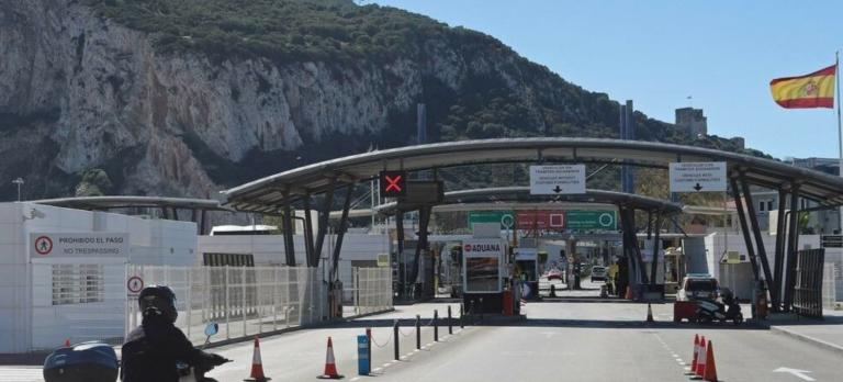González Laya confía en que la oposición apoye el acuerdo con Reino Unido sobre Gibraltar