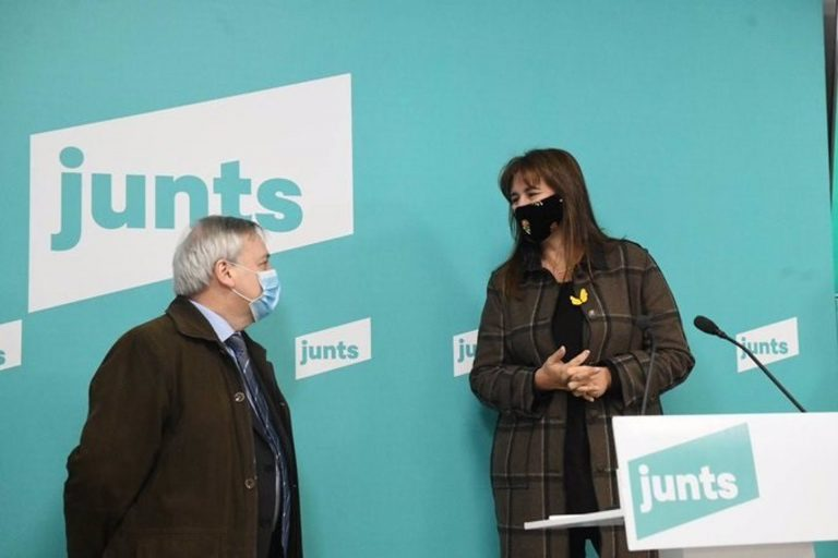 Junts logra 52.000 avales en una semana e integra a otros partidos independentistas