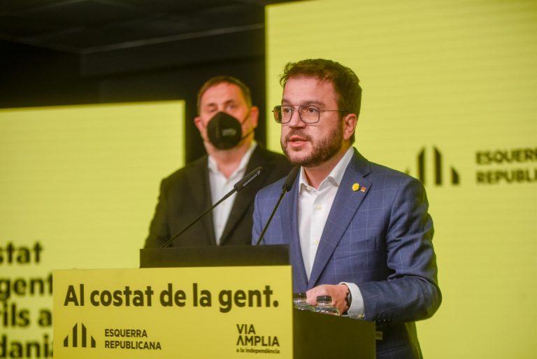 ERC y la CUP inician las conversaciones para la formación de gobierno en Cataluña
