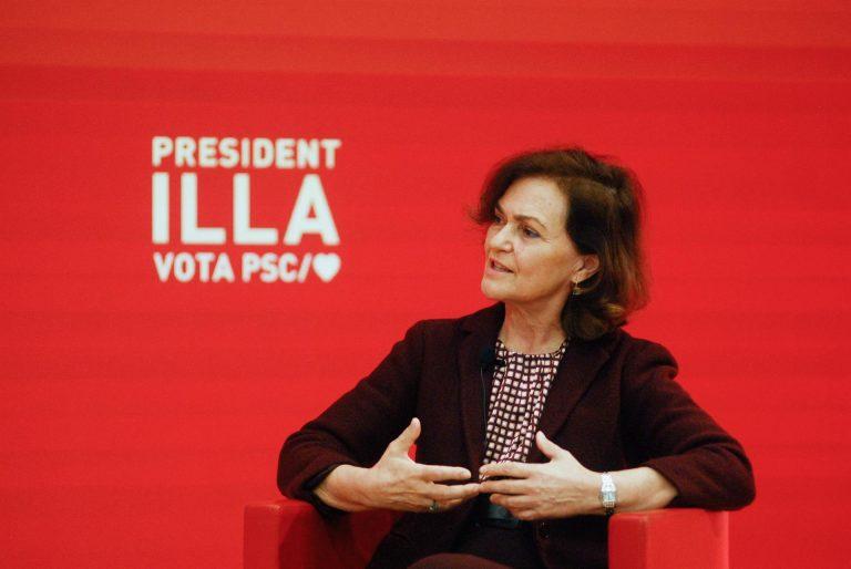 Calvo recalca que el rey emérito no está fugado y que su coste para el Estado es el mismo que si viviera en España