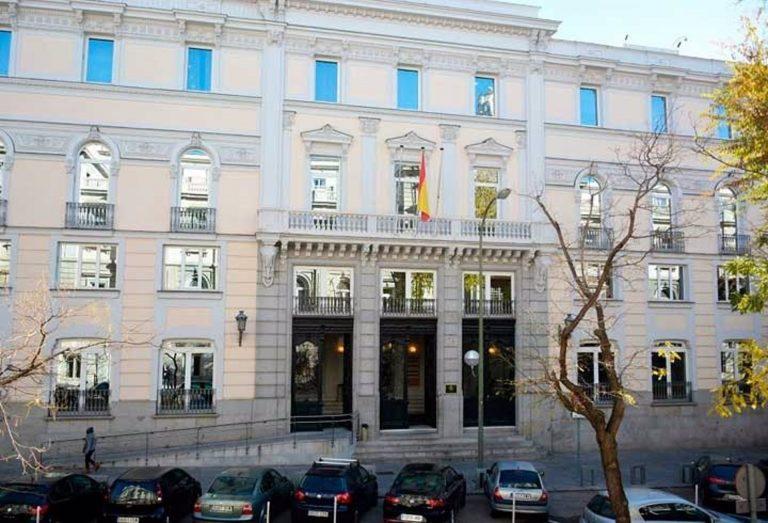 El PP niega vetos y conversaciones privadas con el presidente del CGPJ para su renovación