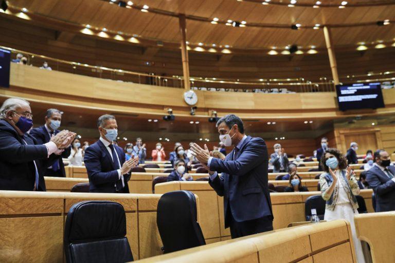 Sánchez se somete hoy al control del Senado con preguntas sobre los resultados en Cataluña y el plan de vacunación