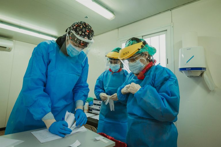 El Gobierno prevé aprobar este martes que la COVID-19 sea considerado enfermedad profesional en sanitarios