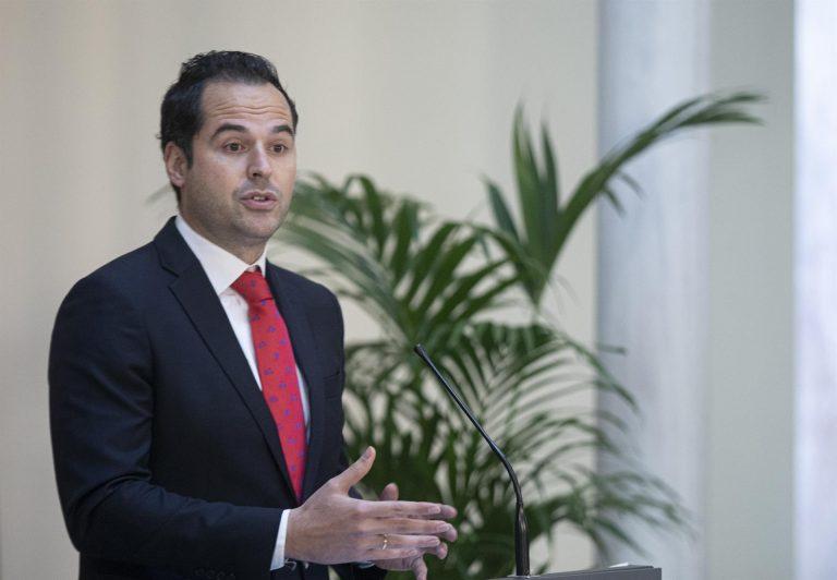 Aguado ve «triste» que se justifique lo ocurrido en Murcia como «si la culpa fuera de Ciudadanos»
